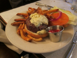 BRASSERIE BURGER with POMMES FRITES